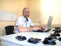 Эксперт - полиграфолог, специалит СПТ Stimul Test - Балацкий Р.Н., за работой.