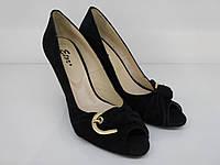 Женские туфли на танкетки