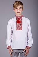 Вышиванка детская для мальчика с красным узором из натуральной ткани