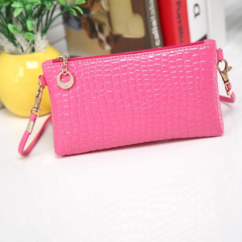 Жіночий клатч гаманець рожевого кольору