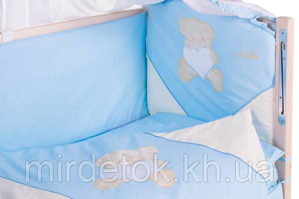 Детское постельное с аппликацией хлопок на 8 эл. ELLIT (бежевый мишка сидит с голубым сердцем)