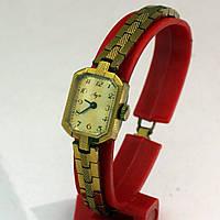 Луч женские механические часы