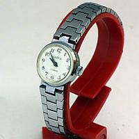 Женские часы Чайка производство СССР