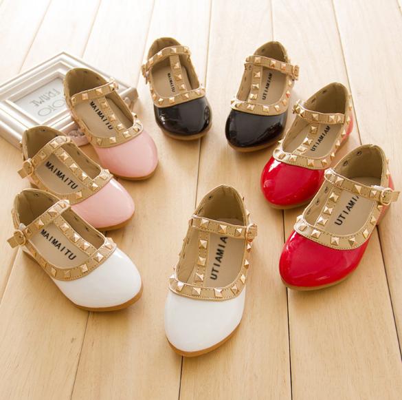 764cef2cfd07c0 Модні туфельки для дівчинки - Інтернет-магазин дитячого та жіночого одягу