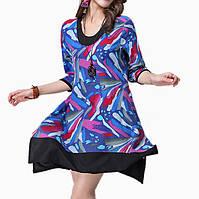Летнее платье свободного покроя с принтом