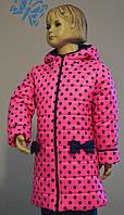Пальто для девочки демисезонное розового цвета в горошек 110-116-122 см