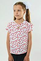 Стильная детская блуза белого цвета с ярким принтом