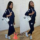 Женский стильный джинсовый комбез с нашивками , фото 3