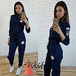Женский стильный джинсовый комбез с нашивками , фото 4