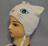 """Детские шапки осень зима """"Лунтик"""" белого цвета."""