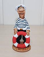 Статуэтка Моряк со спасательным кругом, серия Профессии людей