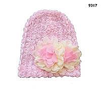 Шапка для девочки с цветами. 40-50 см