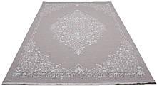 Бежевий акриловий килим класичний з рельєфним малюнком