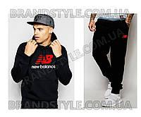 Спортивный костюм New Balance черный
