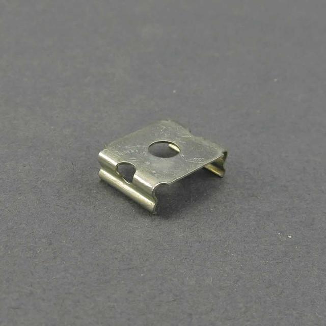 Крепежная скоба для LED профиля со скрытым креплением KS-1