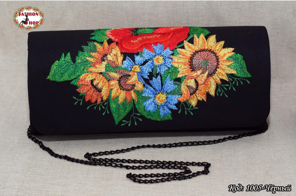 Вышитый чёрный клатч Букет цветов