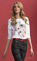 Женская блуза из вискозы белого цвета с акварельным принтом, длинный рукав. Модель Adelina Zaps.