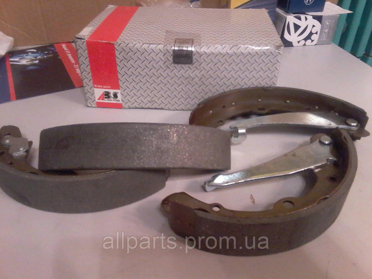 Тормозные колодки задние AUDI 100 (1982-91) барабанные