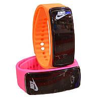 Спортивные Часы-браслет A002 с LED экраном