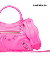 Balenciaga Classic Silver City – знакомство с женской кожаной сумочкой через плечо