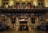 Новогоднее оформление, освещение и украшение фасада, офиса, ресторана, витрины к Новому году, фото 3