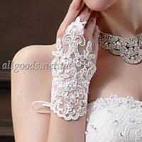 Перчатки свадебные короткие на петельке