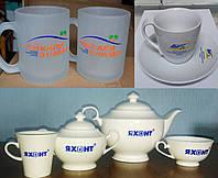 Кофейные и чайные чашки с логотипом