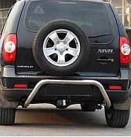 Защита заднего бампера на Chevrolet Niva (с 2002--)
