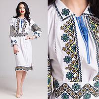 Вышитое платье в украинском стиле на домотканом полотне