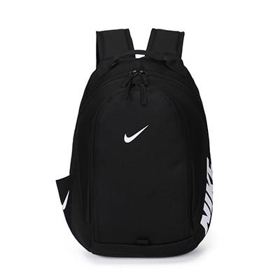 Рюкзак Nike черный с серебристым логотипом (реплика)