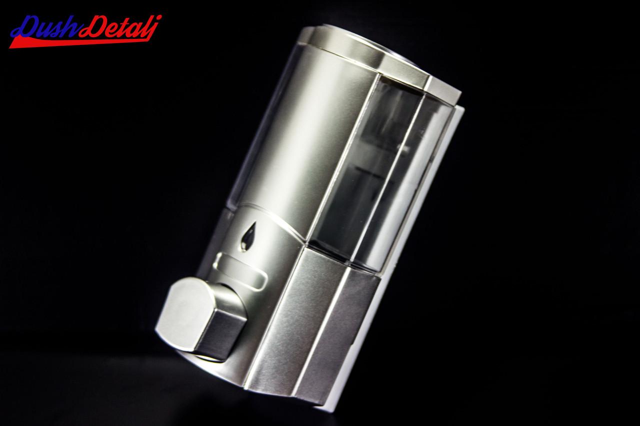 Дозатор для мыла одинарный, настенный ( Д01) Диспенсер хромированный.