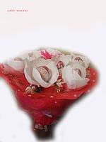 """Букет из конфет""""Киндер сюрприз"""""""