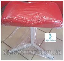Тринога для педикюру з шкірозамінника підставка червона