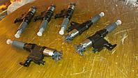 Форсунка двигателя к экскаваторам Hitachi ZX330LC, ZX350LC, ZX370LC Isuzu 6HK1X