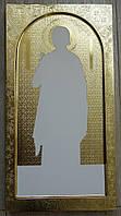 Гравировка фона и золочение сусальным золотом мерных икон на гравированных фонах.