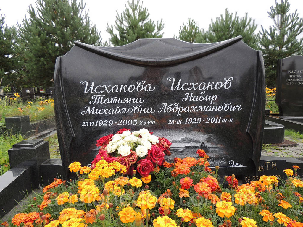 Элитный памятник для двоих №14
