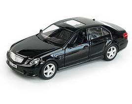 Машина металл Mercedes-benz E-klass  1:36  Черный