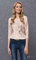 Женская блуза из вискозы розового цвета с абстрактным принтом, рукав три четверти. Модель Kera Zaps.
