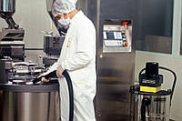 Пылесосы для сухой уборки. Промышленные пылесосы. Пылесосы для химчистки