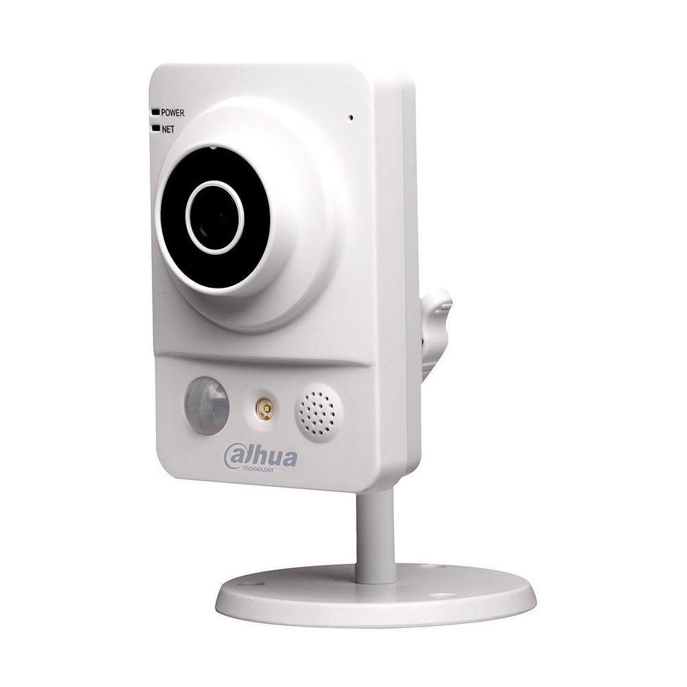 Внутреняя IP- камера DH-IPC-KW12W Dahua