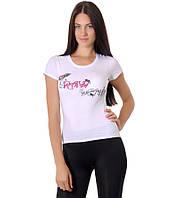 Футболка женская белая бренд с рисунком сердце