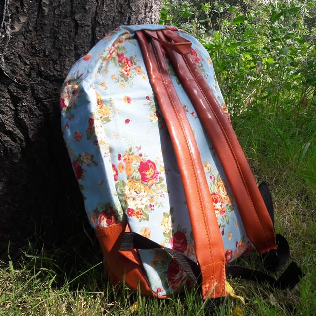 Рюкзак женский в цветах