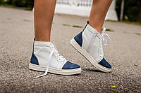 Ботинки кеды Б-430 из натуральной кожи белого цвета с вставками синего цвета под джинс