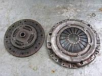 Комплект сцепления ( диск+корзина) Sachs 3082194131 б/у 1.8, 1.9 D, TD на VW: Bora, Golf 3, Golf 4, Passat, T4