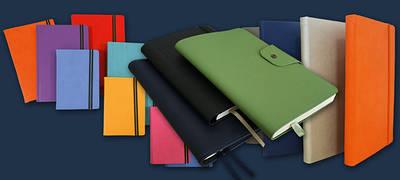 Візитниці, беджі, блокноти, щоденники, планінги, записні та телефонні книжки