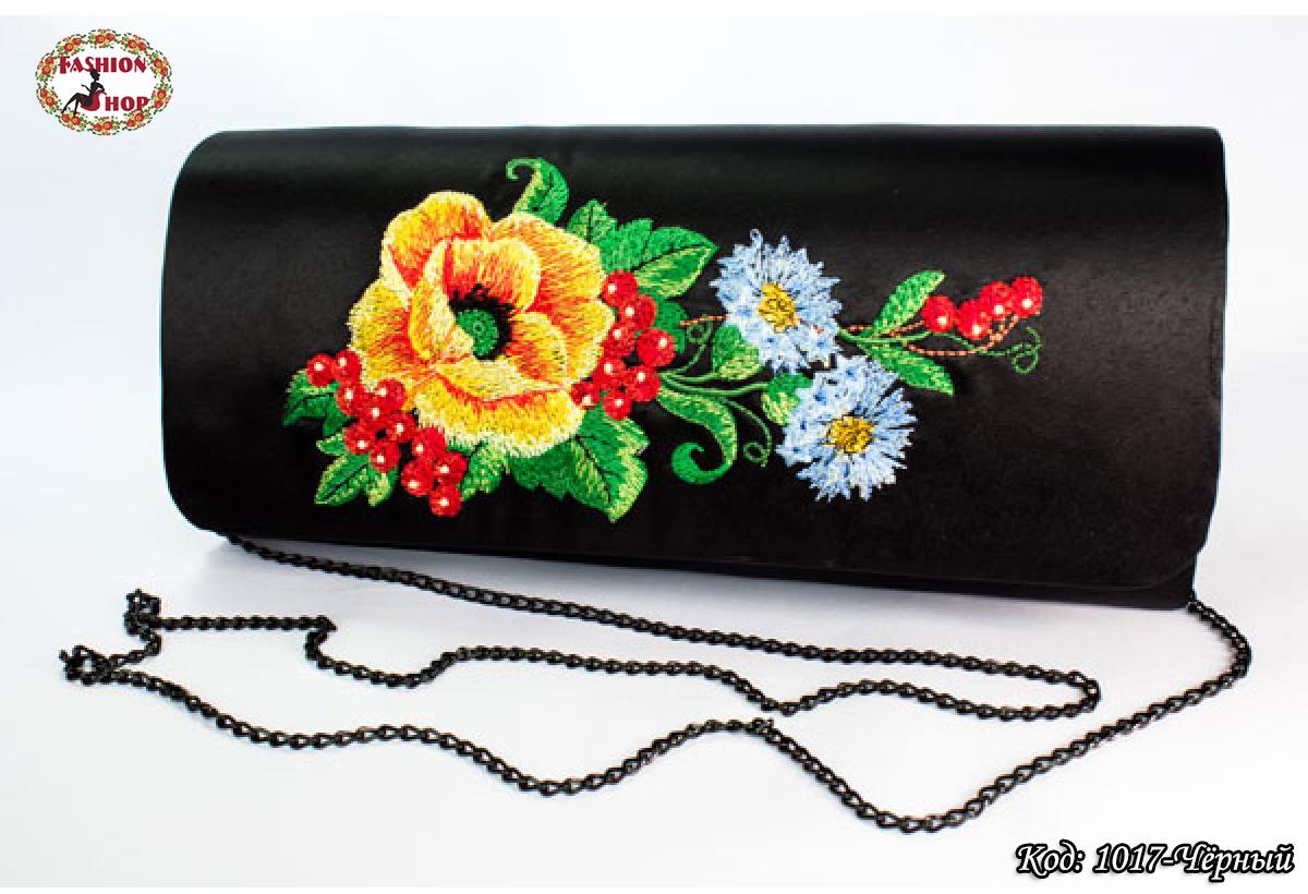 Вышитый чёрный клатч Васильки