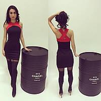 Женское платье мини трикотажное с переплетом на спине