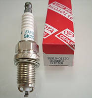 Свеча зажигания TOYOTA AVENSIS 2.0  90919-01230