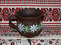 Чашка из красной глины рисованная