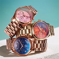 Яркие наручные часы Michael Kors